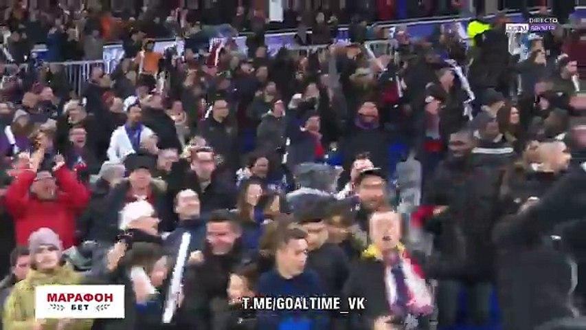 Memphis Depay sentencia clássico contra PSG com golo soberbo
