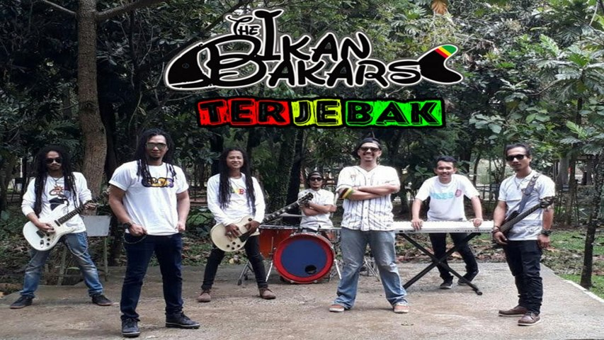 The Ikan Bakars - Terjebak ( Official Music Video)