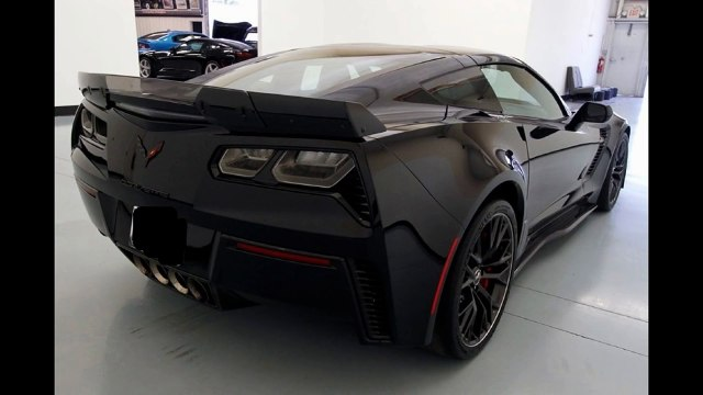 BLACKED OUT 2016 C7 ZO6 ZO7 ALL OPTIONS CARBON