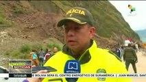 Derrumbe sepulta autobús en Colombia y deja trece muertos