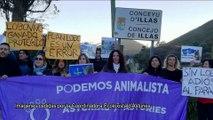 Concentración en defensa de los lobos y contra las batidas autorizadas por el Principado de Asturias
