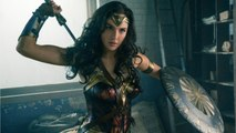 Is This Wonder Woman Cosplayer Gal Gadot's Twin?