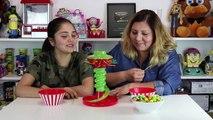 Globos el Reto con Chicle de Colores y Jugamos Juego de Mesa KerPlunk I Abrelo Toys Juegos de Mesa