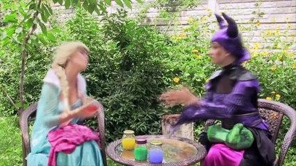 Superheroes Dancing at a party! Maleficent vs spiderman and Elsa vs hulk vs pink spidergirl Funny!