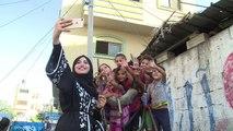 Des vedettes locales d'Instagram montrent l'autre visage de Gaza
