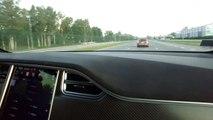 Petite surprise lors d'une course entre une Tesla Model X et une BMW M5