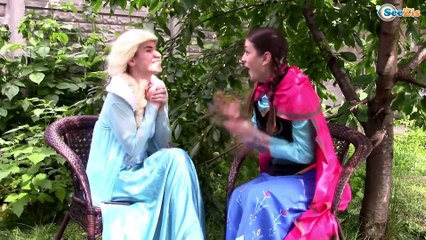 Spiderman & Frozen Elsa sick! Elsa goes to Hulk funny superhero video