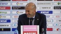 """8e j. - Zidane: """"Benzema a très très bien joué"""""""