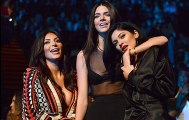 Keeping Up with the Kardashians Season 16  Episode 14 Official (s16.e14)