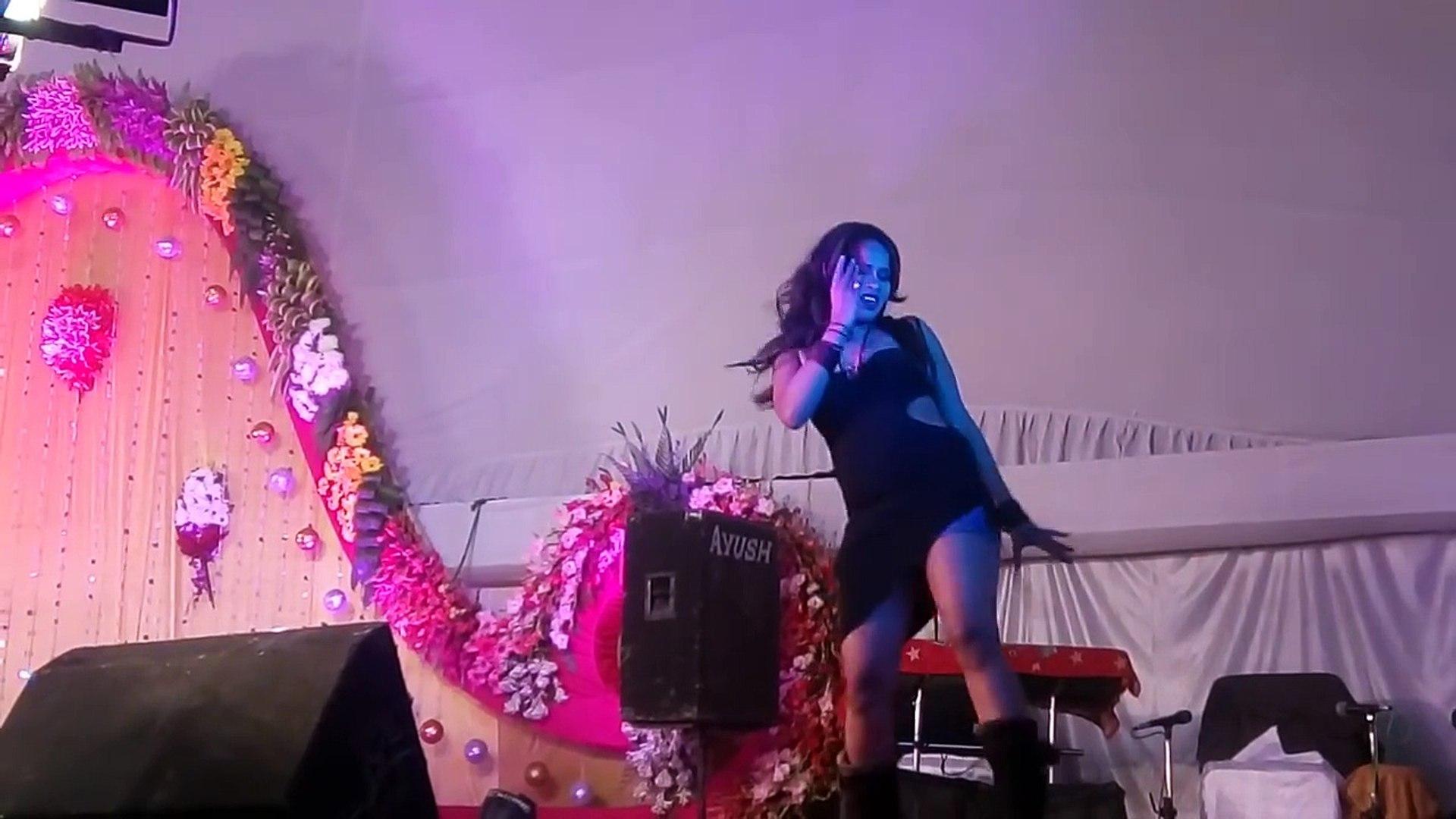 सेक्सी -Bhojpuri new arkesta dance - sexy hot girl dance _new bhojpuri song