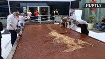 Peruvian Group Make World's Largest Dark Chocolate Bar