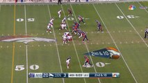 Denver Broncos QB Trevor Siemian throws to running back Devontae Booker for 23-yard gain