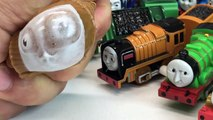 Thomas and Friends Haul! New Capsule Wind Up Trains! + Diesel 10 and Lady