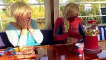 Frozen Elsa Spiderman GUMBALLS SURPRISE Stuck in GUMBALL MACHINE! Bad Joker Amazing Superheroes IRL