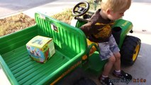 Toy Tror Videos for Children - Peg Perego John Deere Gator at the Park