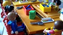 Playmobil: Le prof qui pète un câble. (1)