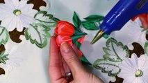 Тюльпаны из атласных лент.Магнит своими руками. Канзаши мастер-класс.