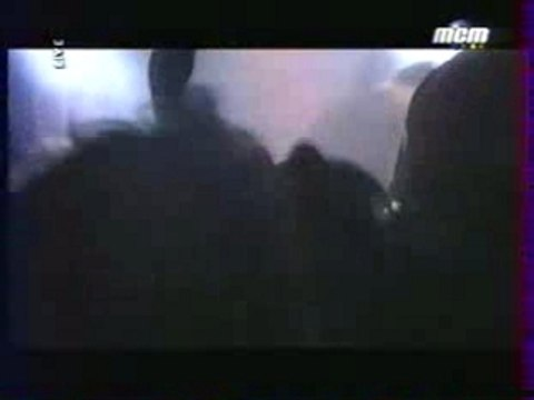 Mass Hysteria - Contraddiction