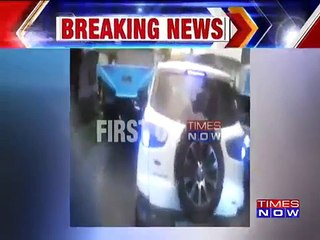 SHOCKING! SUV Driver Refuses To Give Way To Ambulance In Kerala's Kochi