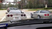 Quand 2 Corvettes font la courses et se plantent en même temps... Oups!