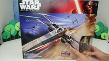 Star Wars Episode VII: The Force Awakens | Resistance X-Wing & Special Edition Poe Dameron