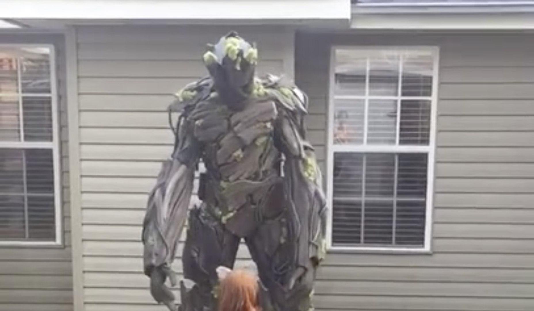 Meilleur déguisement : I Am Groot version géante pour Halloween !