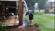 La foudre tombe a côté d'un enfant en Argentine