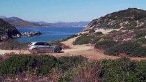 Porsche Cayenne Turbo Palladium Metallic Driving off road