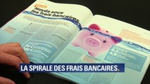 Agios en série, courriers facturés... pour certains les frais bancaires atteignent plus de 500€ par an