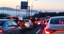 15 Temmuz Şehitler Köprüsü'nde Trafik Kazası! Trafik Durma Noktasına Geldi