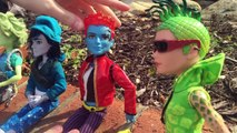 Crazy Monster High S/2 Episode 6: Dating Tips From the Guys!