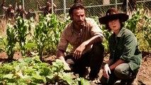 WHO DID NEGAN KILL ? - The Walking Dead Season 6 Finale (Predictions / Fan Theory)