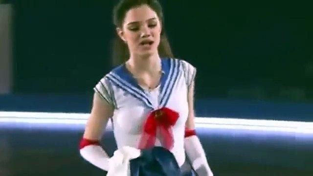 Evgenia Medvedeva RUSA BAILÓ COMO SAILOR MOON - SHE DANCING AS SAILOR MOON AGAIN