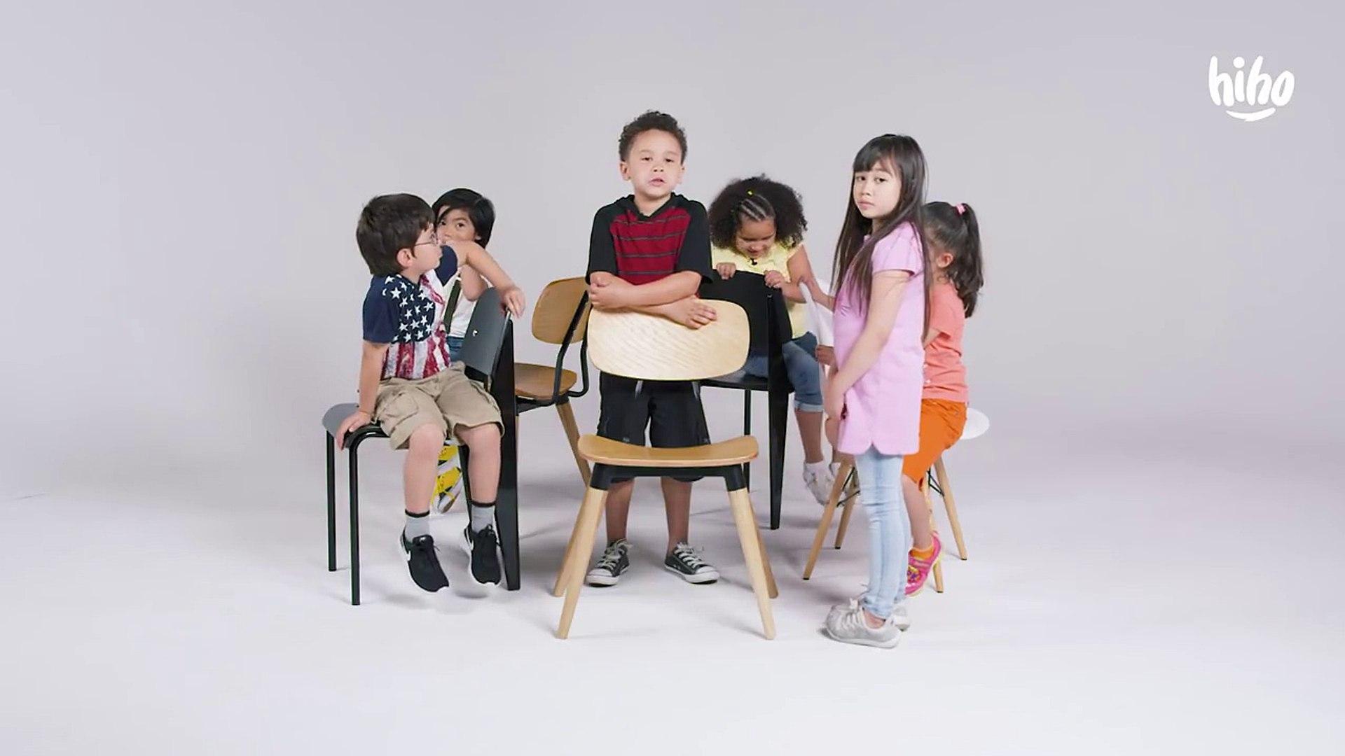Kids Play Musical Chairs-buX3i3EJIXU