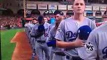 【メジャーリーグワールドシリーズでのアメリカ国歌斉唱】MLBワールドシリーズでアメリカ国歌を斉唱しています。