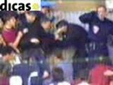 Bagarre fight police cops violence