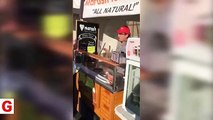ABD'de Türkiye şapkalı FETÖ'cüye vatandaş haddini bildirdi