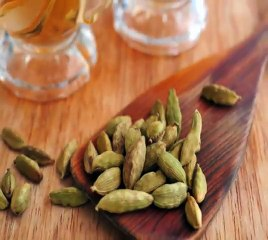 Health benefits of Cardamom in Hindi