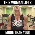 Oui, oui c'est une femme... Une femme très musclée !!