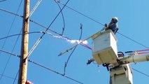 Voilà ce qui se passe quand on coupe une ligne électrique très haute tension