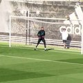 Cristiano Ronaldo Amazing Right foot rocket Goal | Cristiano Ronaldo Goal in Training