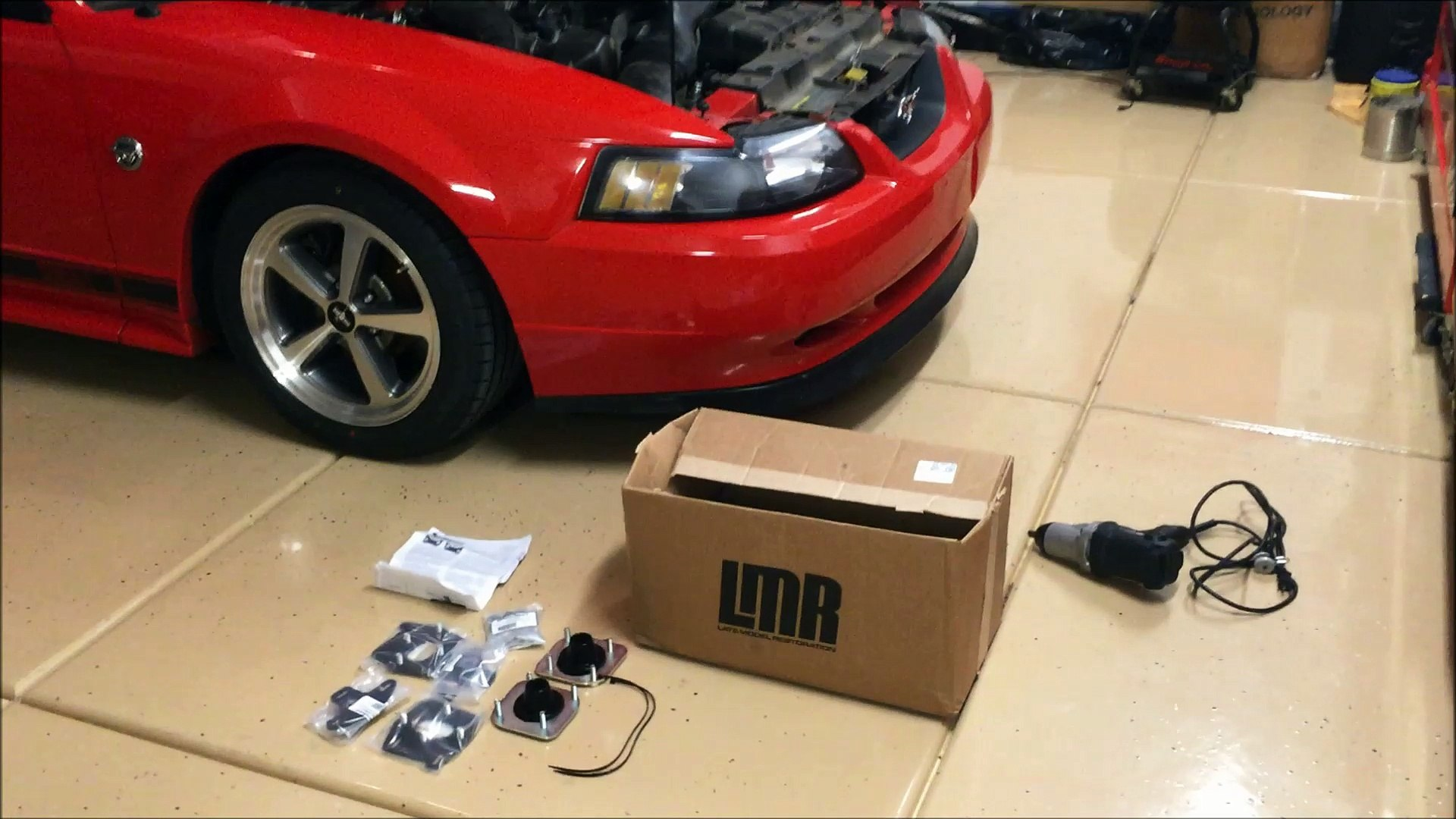 How to locate and remove the ABS sensor: Ford Mustang