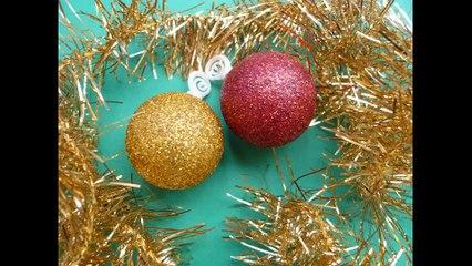 Fabriquer de jolies boules de Noël en paillettes !