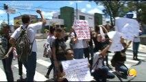 Correio Verdade - Alunos da escola estadual Olivina Olívia, localizada no centro de João Pessoa, realizaram um protesto