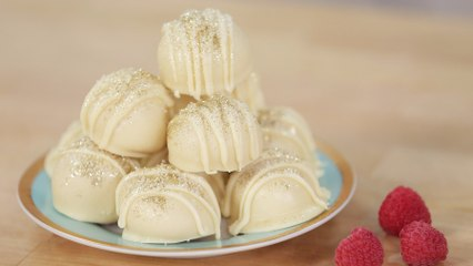 Prosecco Is the Perfect Addition to These White Chocolate Truffles