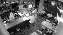 Tentative de vol à l'arraché d'un ordinateur dans un restaurant (Londres)