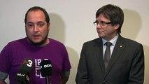 David Fernàndez i Rubén Wagensberg (En peu de pau) donen suport al president Carles Puigdemont