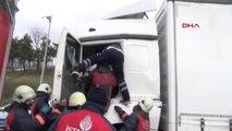 Hadımköy Gişelerde Kaza: Tem Otoyolu Edirne İstikameti Trafiğe Kapandı