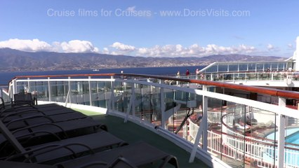 Messina Straits - Jean films the cruise through the straits for Doris Visits