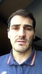 Iker Casillas salue Gianluigi Buffon